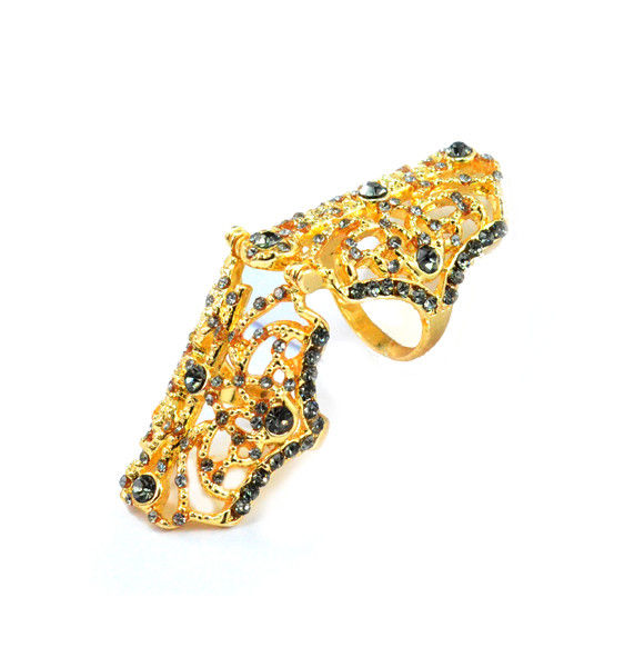 HOLLOW PATTERN WITH DARK CRYSTALS MOVABLE KNUCKLE RING - product image