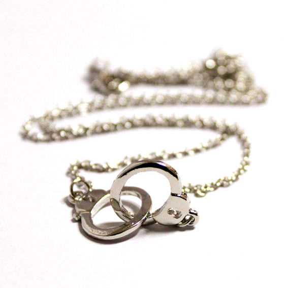 HAND CUFF NECKLACE - product image
