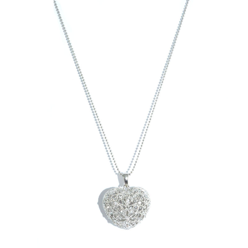 CRYSTAL HOLLOW FLOWER PATTERN HEART PENDANT NECKLACE - product image