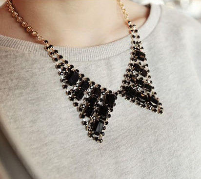 CRYSTAL COLLAR NECKLACE - product image