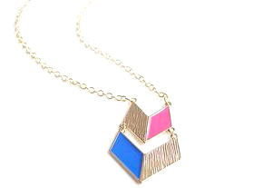 PASTEL,MEDALLION,NECKLACE
