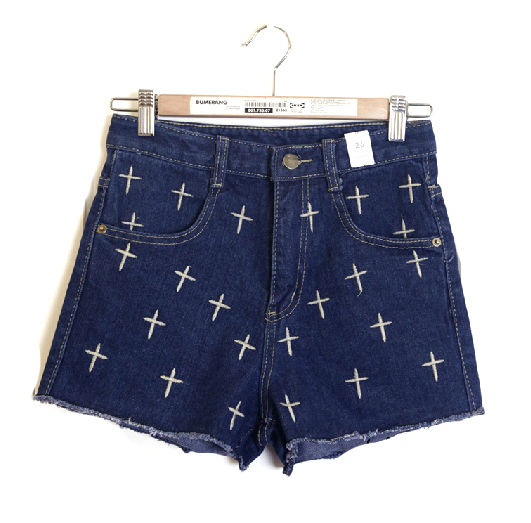 NAVY CROSS PATTERN DENIM SHORTS - product image