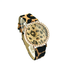 LEOPARD,PRINT,WITH,CRYSTAL,WATCH