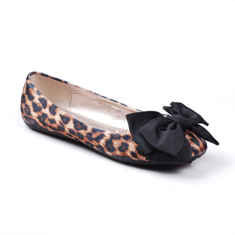 LEOPARD PRINT AND BOW FLATS - product image