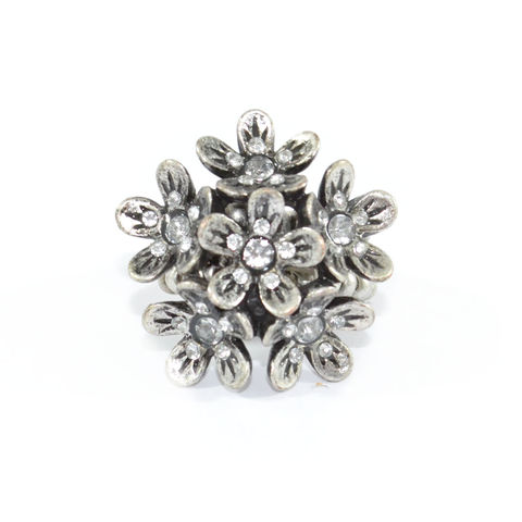 VINTAGE,STYLE,FLOWERS,WITH,CRYSTAL,RING,silver floral ring, large floral ring, vintage silver ring, rings and things