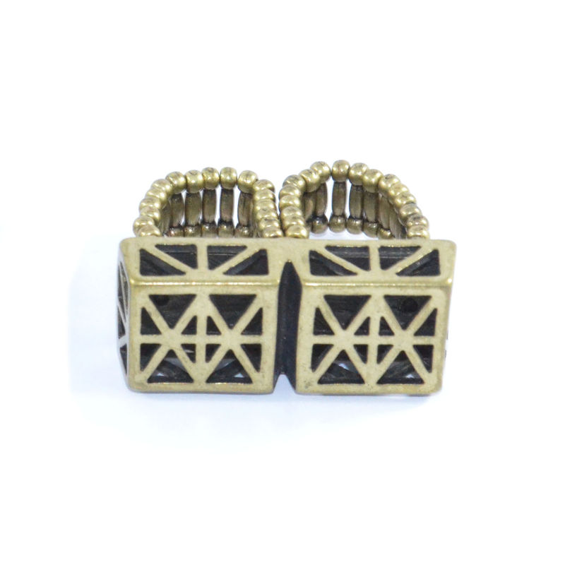 VINTAGE STYLE DOUBLE SQUARE PATTERN RING - product image