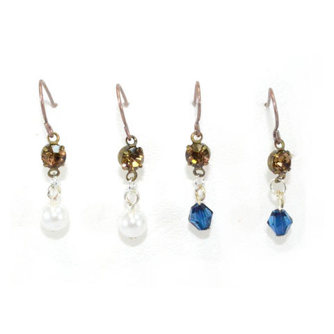 VINTAGE,STYLE,CRYSTAL,AND,PEARL,EARRINGS,SET