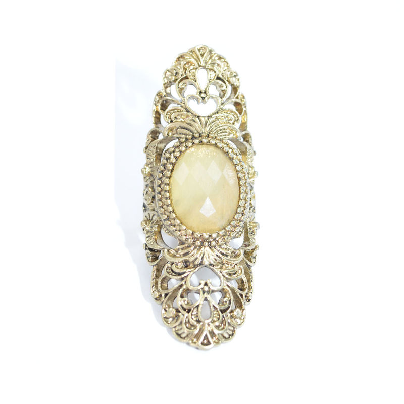 VINTAGE GOLD HOLLOW PATTERN CRYSTAL RING - product image