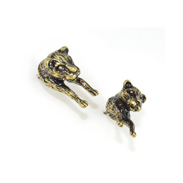 VINTAGE GOLD FOREQUARTER LEOPARD EARRINGS - product image