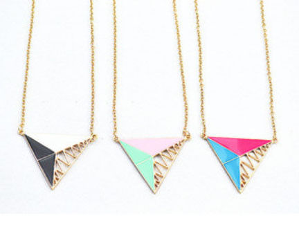 TRIPLE,TRIANGLE,NECKLACE