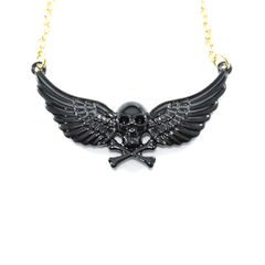 SKULL,WITH,WINGS,NECKLACE