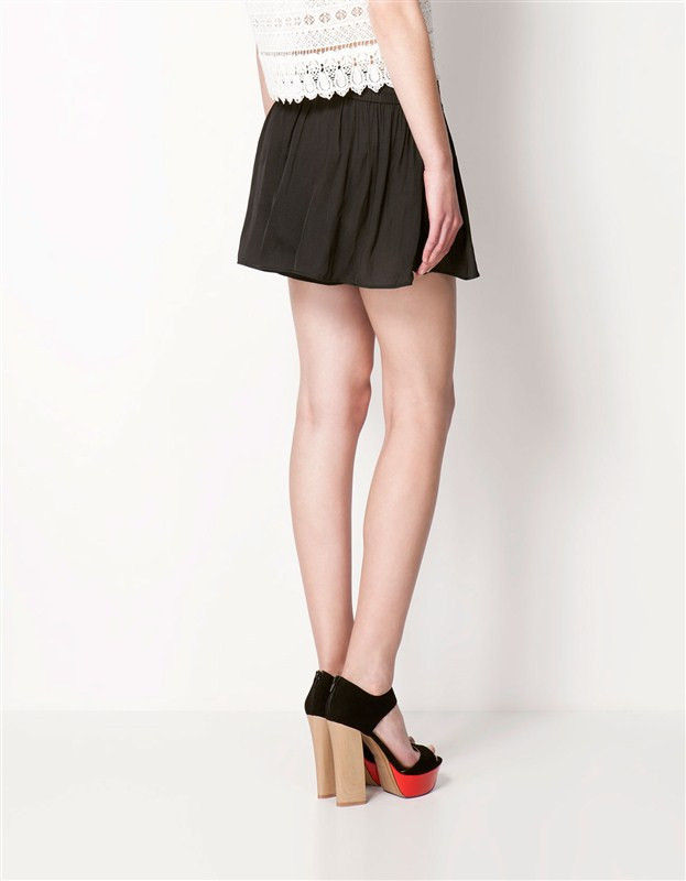SIMPLE PLEATED DIVIDED SKIRTS - product image