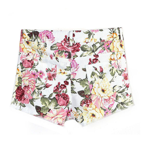 FLORAL PATTERN SHORTS - product image