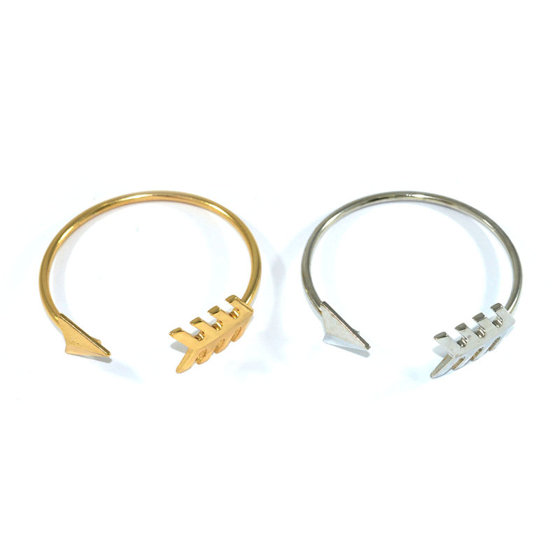 BENDED ARROW BANGLE - product image