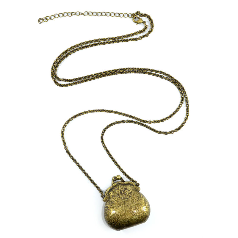VINTAGE PURSE NECKLACE - product image