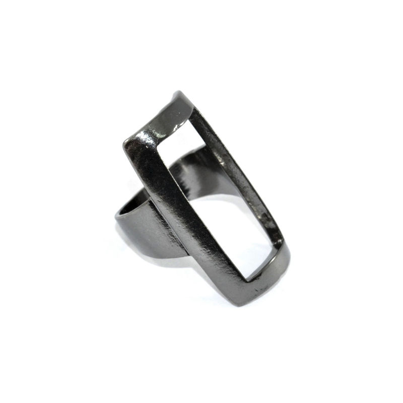 HOLLOW RECTANGLE RING - product image