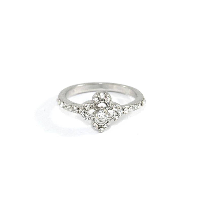 CRYSTAL CLOVER RING - product image