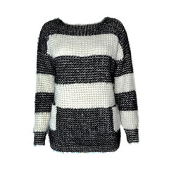 BLOCK,COLOR,KNIT,JUMPER,WITH,EYELASH,TRIM,EYELASH TIM JUMPER, BLACK AND WHITE JUMPER, BLACK AND WHITE KNITTED JUMPER, BLACK COLOUR KNITTED JUMPER