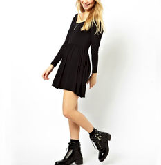 MINIMAL,PLAIN,DRESS,PLAIN DRESS, MINIMAL DRESS, BLACK PLAIN DRESS, BLACK MINIMAL DRESS, BLACK LONG SLEEVE DRESS