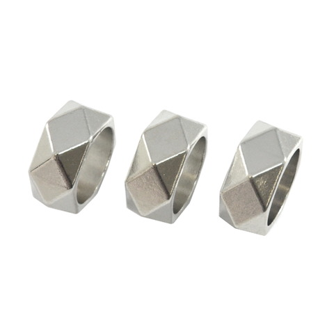 SILVER,TONE,PYRAMID,STUD,RING,SET