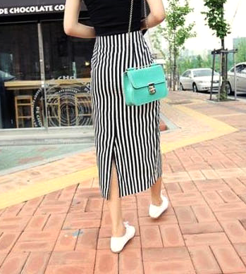 STRIPE SKIRT WITH BELT - product image