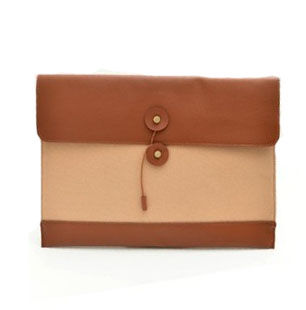 ENVELOP CLUTCH BAG - product image