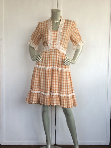 70s,Prairie,Dress,/,Vintage,Gingham,Clothing,70s_prairie_dress,prairie,checkered,brown,cream,ruffles,lace,floral,Woman,Square_dance,flare,50s,Cotton