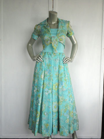 60s,Dress,/,Floral,Cocktail,Vintage,Ball,Gown,Size,XS,Clothing,60s_ball_gown,60s_teal_dress,60s_floral_dress,60s_floral_suit,vintage_crop_jacket,vintage_floral_suit,mad_men,green_yellow_white,xs_small_ball_gown,custom_made_gown,60s_cocktail_dress,60s_prom_dress,60s_formal_dress,polyester,stain