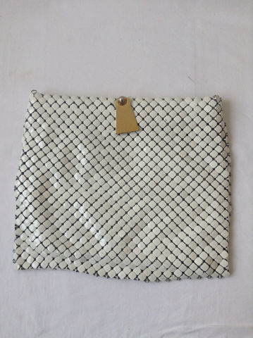 Whiting,and,Davis,Mesh,Purse,/,Vintage,White,60s,Bags_And_Purses,Clutch,Whiting_and_Davis,60s_mesh_purse,50s_mesh_purse,60s_whiting_davis,white_mesh_purse,vintage_mesh_purse,Mid_century_purse,Mad_men_purse,Vintage__mesh_bag,Vtg_whiting_davis,vtg_mesh_purse,pop_art_purse,mesh_clutch,Metal,mesh