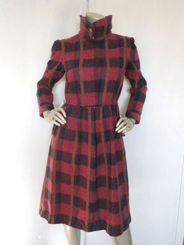 80s,Plaid,Dress,/,Vintage,Pink,by,Bonjour,Wool,Size,Large,Clothing,pink_plaid_dress,blue_paid,yellow_plaid,80s_60s_style_dress,60s_dress,60s_style,bonjour_dress,bonjour_designer,hidden_buttons,cuffed_sleeves,large,rose_buttons,punk,wool