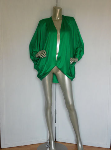 70s,80s,Disco,Top,Vintage,Green,Blazer,Emerald,Clothing,Women,Jacket,avant_garde,disco_cape,70s_80s_cape,emerald_green_top,emerald_green_cape,80s_top_blazer_cape,emerald,70s_disco_cape,disco_blazer,dance_fever,green_cape,designer_cape,small_shoulder_pads,polyester