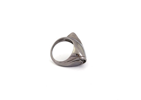 Kasia,Piechocka,-,Blind,Fish,Head,Ring,Kasia Piechocka, Lapel, Pendant, Jewellery, silver, gold, ring, jewelery, jewelry