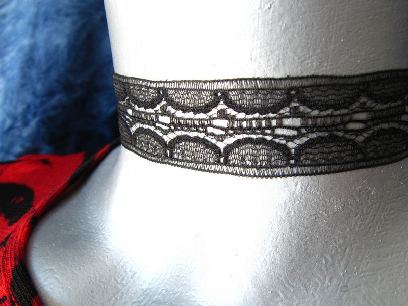 "20mm (3/4"") Plain Black Internal Scalloped Lace Ribbon Choker Necklace - product images  of"