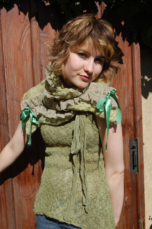 Hand dyed ditsy print and knit scarf and vest set.. - product image