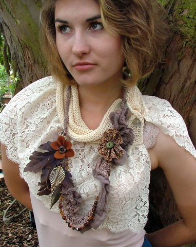 Knitted,statement,necklace,scarf,knitted scarf, vintage