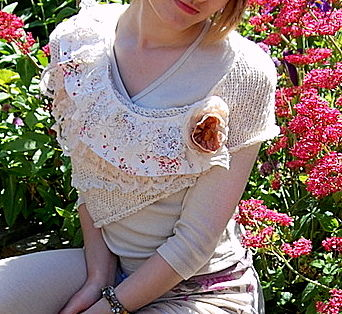 Knitted capelet with handmade corsage - product image
