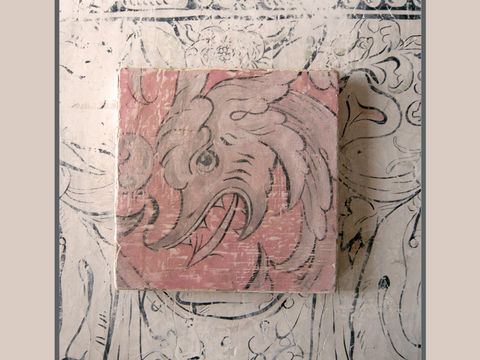 fresco,secco:,Bagshot,Dragon,fierce, renaissance, dragon, arrowhead, painting, sixteenth century, Elizabethan, wall painting, wattle and daub, scrolling, antique-work, plaster, historic painting, soft pinks, grey, eggshell, cracks, scaly, dragon-skin, patination
