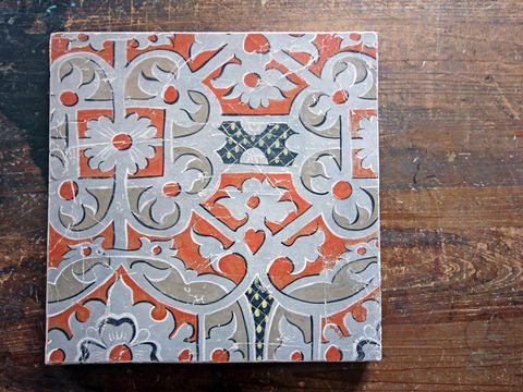 fresco,secco:,Golden,Cross,Strapwork,Fresco secco, painting, fresco, plaster, mural, panel, wall art, decoration, distressed, aged, cracked, patina, patination, craquelure, hand painted, pattern, strapwork, renaissance, Elizabethan, geometric, orange, grey