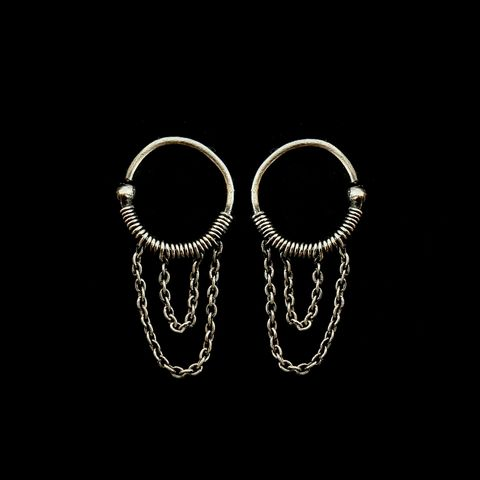 Hoop,Chain,Lobe,Piercings,by,Mayahandmade,lobe piercings, hoop earrings, chain piercings, piercing ear, uniquepiercings, 925 silver, wire wrapped, handmade, mayahandmade