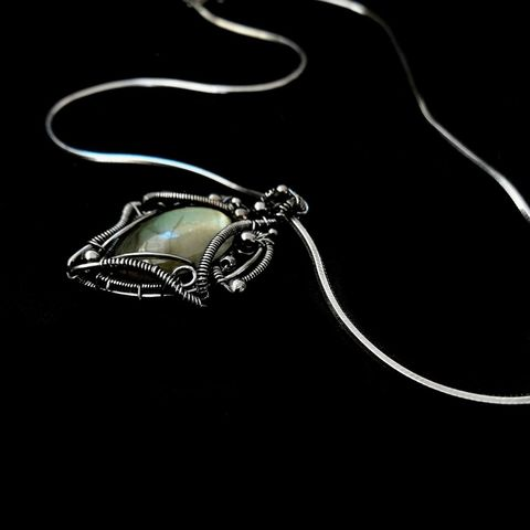 Wire,Wrapped,Victorian,Labradorite,Pendant,by,Mayahandmade,victorian style, victorian pendant, labradorite pendant, gemstone pendant, sterling silver, wire wrapped, handmade, mayahandmade