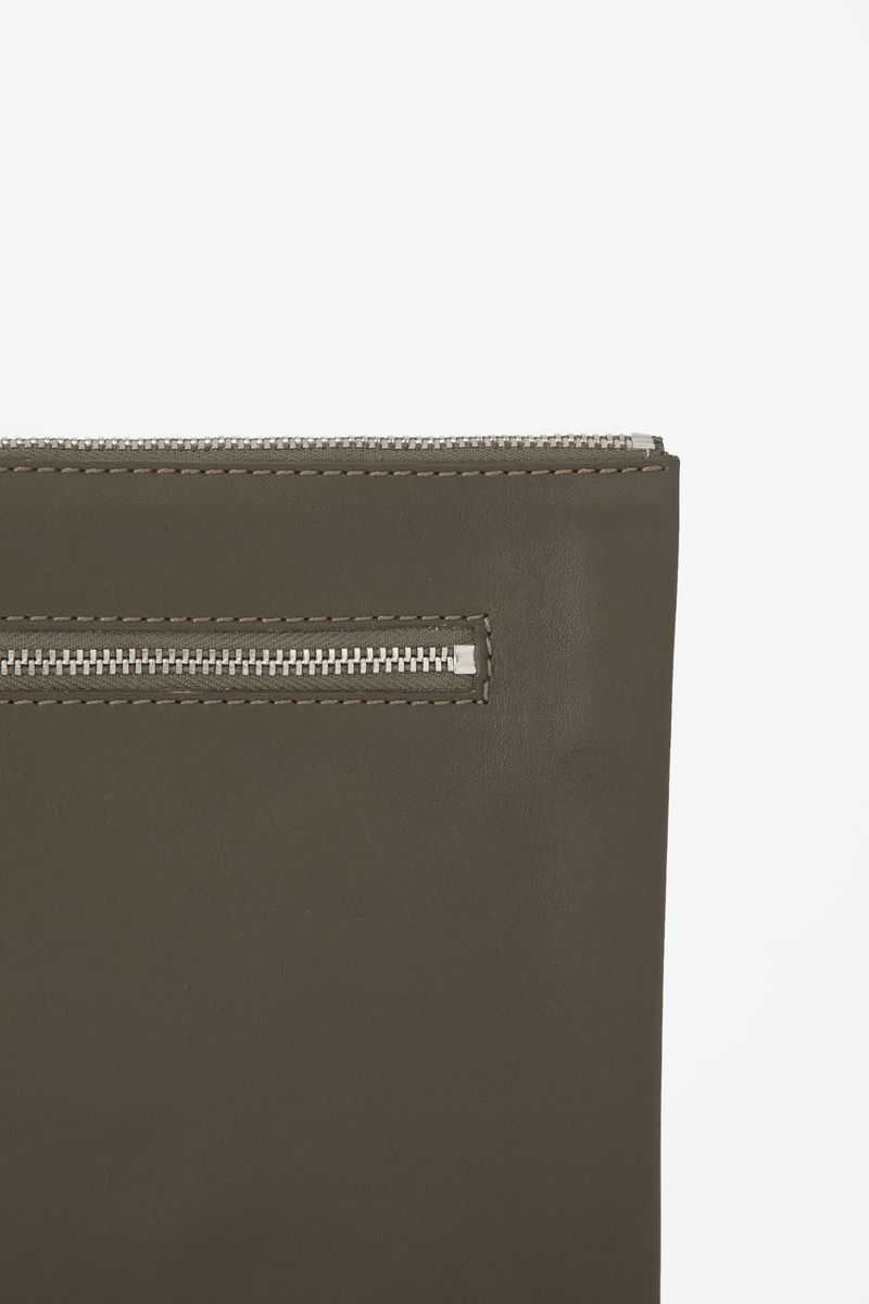 ZIPPED CLUTCH BAG - product images  of