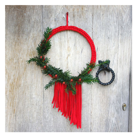 Fringed,Christmas,Wreath,Fringed Christmas Wreath