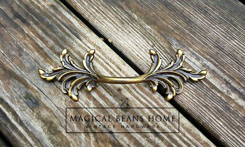 Vintage,French,Country,Leafy,Drawer,Pulls,in,Antiqued,Brass,dresser hardware, french country pulls, furniture pulls, french provincial pulls, vintage hardware, vintage drawer pulls, brass drawer pulls, antiqued brass drawer pulls, gold drawer pulls, leafy drawer pulls, period hardware, restoration hardware, dresse
