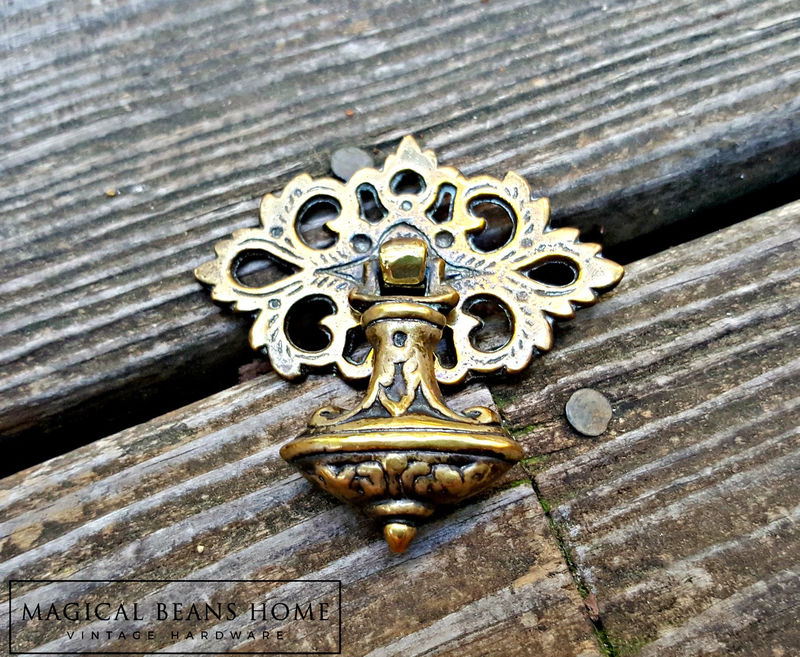 Vintage Keeler Brass Co Bell Shaped Pendant Pull In Solid