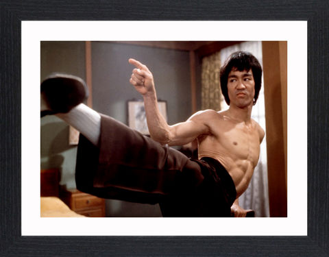 Bruce,Lee,-,02,Picture, Photo, Photograph, Print, Framed Photograph, Pop Art, Icon, Black&White, B&W, Black & White, Bruce Lee, martial arts, philosopher, film director, film producer, screenwriter, Jeet Kune Do, pop culture, pop culture icon, Enter the dragon
