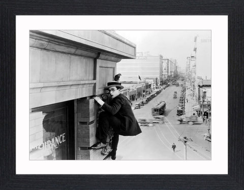 Harold,Lloyd,-,03,Picture, Photo, Photograph, Print, Framed Photograph, Icon, B&W, silent films, talkies, Harold Lloyd, Safety Last, comedian, silent film, stunts, 1920's