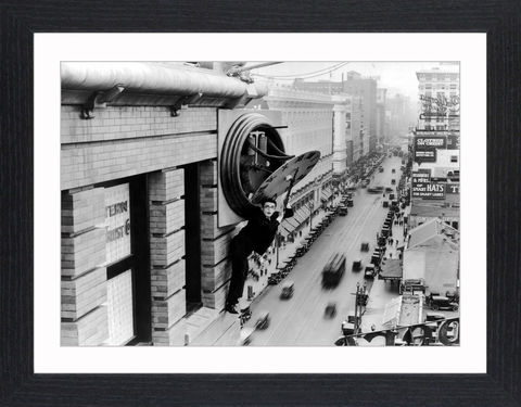 Harold,Lloyd,-,05,Picture, Photo, Photograph, Print, Framed Photograph, Icon, B&W, silent films, talkies, Harold Lloyd, Safety Last, comedian, silent film, stunts, 1920's