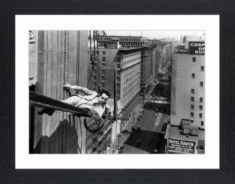 Harold,Lloyd,-,10,Picture, Photo, Photograph, Print, Framed Photograph, Icon, B&W, silent films, talkies, Harold Lloyd, Safety Last, comedian, silent film, stunts, 1920's