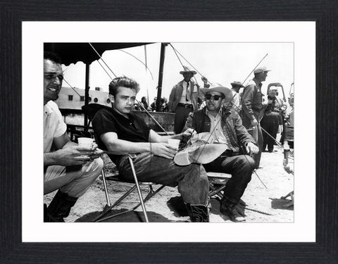 James,Dean,-,03,Picture, Photo, Photograph, Print, Framed Photograph,  Icon, B&W, James Dean, Film Actor, icon, James Byron Dean, cultural icon, Rebel Without a Cause, Jim Stark, Cal Trask, East of Eden, Jett Rink, Giant, car crash, posthumous Academy Award