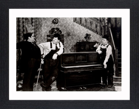 Laurel,&,Hardy_02,Picture, Photo, Photograph, Print, Framed Photograph,  Icon, B&W, Laurel and Hardy, Stan Laurel, Oliver Hardy, comedy double acts, comedy, double act, slapstick, Sons of the Desert, Aademy Award, The Music Box, Babes in Toyland, Way Out West